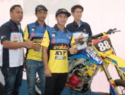 Suzuki Launching Team Evalube KYT IRC MX Team