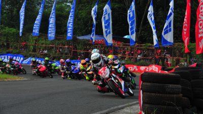 Tim Balap ART Dominasi Motoprix Seri Subang